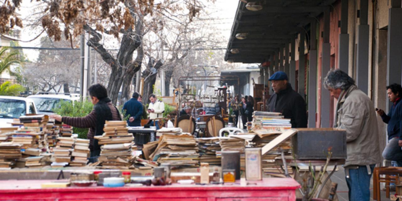 Anticuarios Santiago De Chile # Muebles Mahuida Direccion